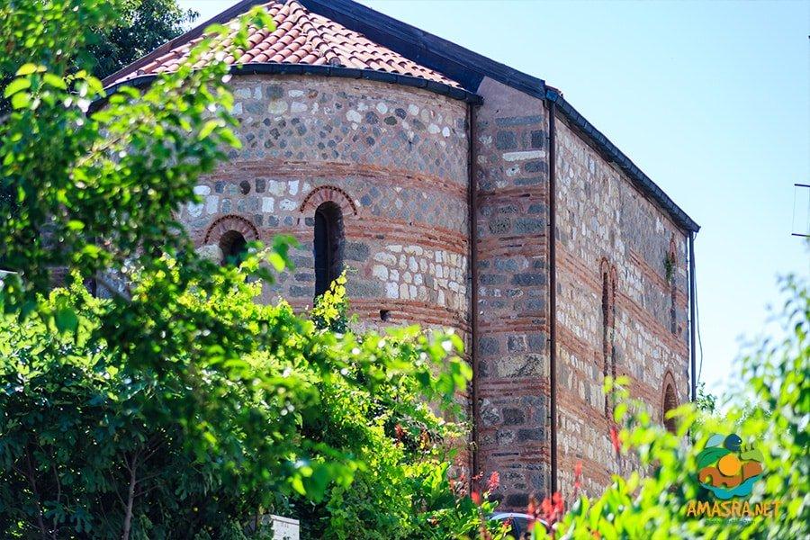 Küçük Kilise